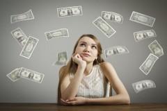 アパレル業界は給料が安いってホント!? 年収アップの秘訣を教えます!