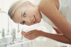 不要な摩擦なしですっきり敏感肌でも気持ち良いい洗顔方法