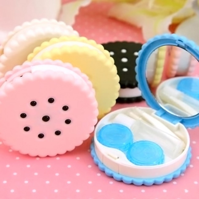 2014-new-Travel-Cute-Cartoon-Cookies-Shape-Contact-Lens-Case-Box-Container-Holder-EC003