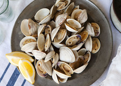 grilled_clams_with_herb_butter_646