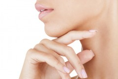 長年の顎ニキビを短期間で改善できる5つの治し方