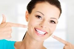 自宅でできる歯のホワイトニング方法|価格と効果で徹底比較