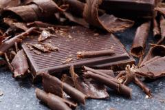 甘いもの苦手な彼に買ってあげたいローチョコレート5つの魅力